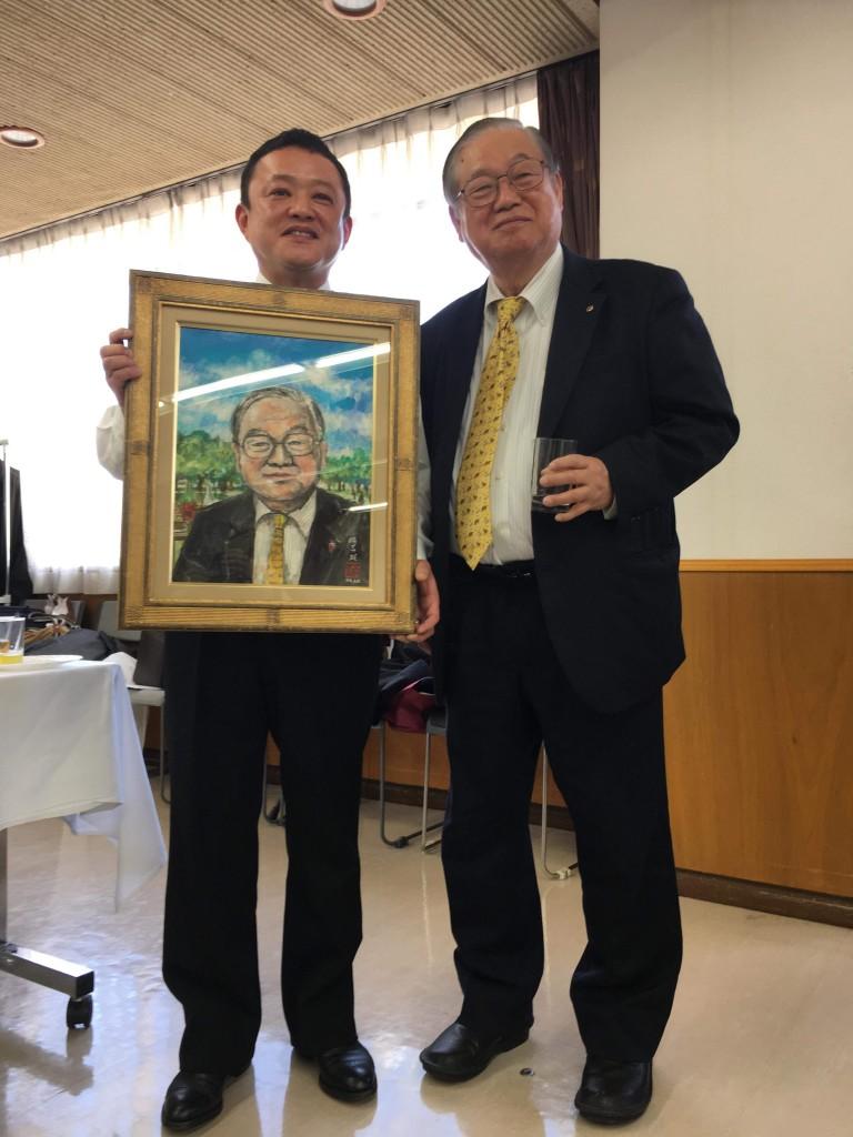 東京日語学院 「荒木理事長の肖像」が完成しました!