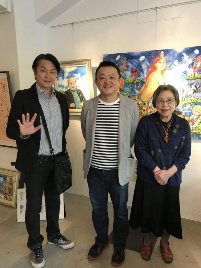 展覧会は本日を入れてあと3日、昨日はお客さまとゆっくり話す時間がありました。