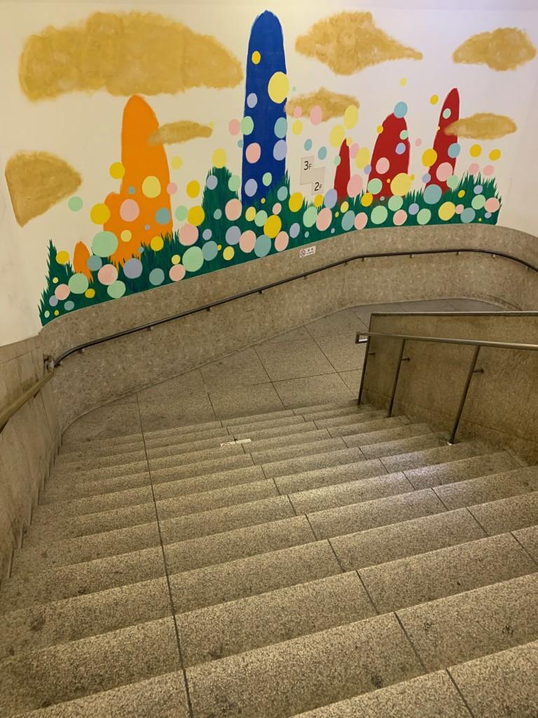 変わりゆく渋谷、消えゆく東急の階段〜ヒカリエと東急文化会館にいた切手売り場の女性