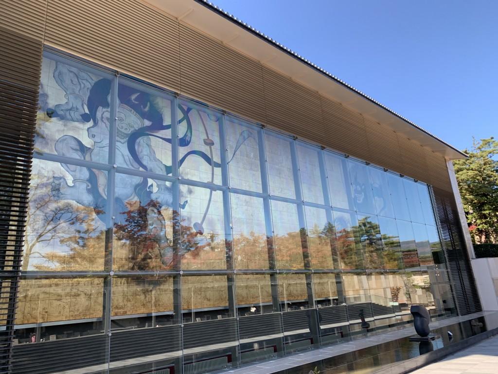 箱根・岡田美術館で伊藤若冲の「鳳凰図」&カラスに間違える「芭蕉叭々鳥図」を堪能いたしました!