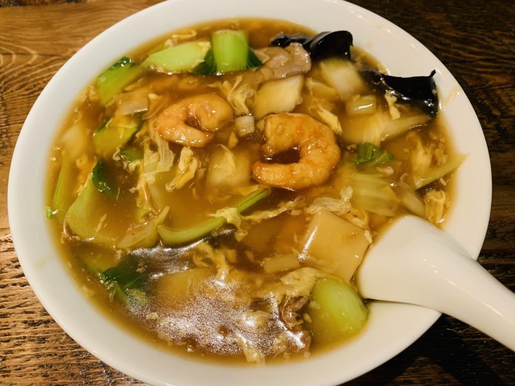前の晩、中華だったのにまたお昼に移転した泰興楼本店のダーロー麺を頂いてしまいました!